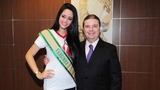 Governador recebe as participantes do Concurso Miss Terra Minas Gerais 2013