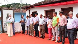Governo de Minas anuncia obras de infraestrutura e inaugura trecho para Itabira e região