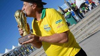 Famoso personagem de jogos da seleção brasileira, Gaúcho da Copa está em BH