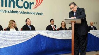 Governador assegura melhorias à população de Três Corações