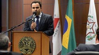 Governador Alberto Pinto Coelho anuncia investimentos para a cidade de Divinópolis