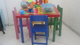 Saúde faz entrega de brinquedos lúdicos e pedagógicos para serviços de reabilitação infantil