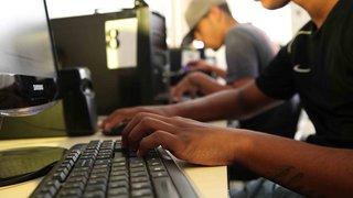 Adolescentes de Casas de Semiliberdade de BH fazem curso de informática