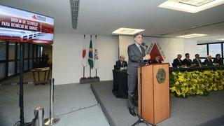 Fernando Pimentel autoriza retomada de 52 obras em Minas Gerais