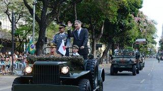 Fernando Pimentel participa do desfile Cívico-Militar de 7 de Setembro, em Belo Horizonte